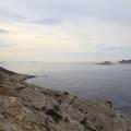 Île de Jarre, île de Riou, île Plane avec au loin le Cap Canaille, le Bec de l'Aigle, les îles des Embiez