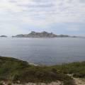 Île plane et île de Riou entre les calanques des Queyrons et de Podestat