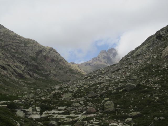 Vallée du Golo, le Capu Tafunatu se dévoile (2335 m)