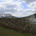 Puy de Dôme et massif du Sancy derrière le Pariou