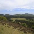 Petit et Grand Sarcoui (1147 m), Puy des Goules (1146 m), Puy Pariou (1209 m), Puy de Fraisse (1120 m), Petit Puy de Dôme (1265 m), Puy de Dôme (1465 m), Petit et Grand Suchet (1231 m), Puy de Côme (1253 m)
