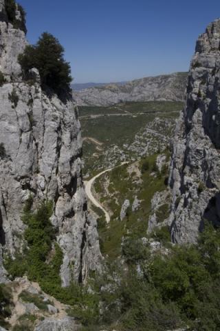Sentier Frager : le couloir de descente sous l'aiguille Guillemin