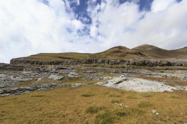 La barre rocheuse à franchir sous le Mondarruego