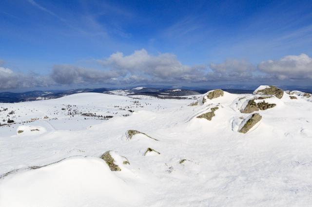 Vue sur le col du Béal depuis Peyre Mayou (1542 m)