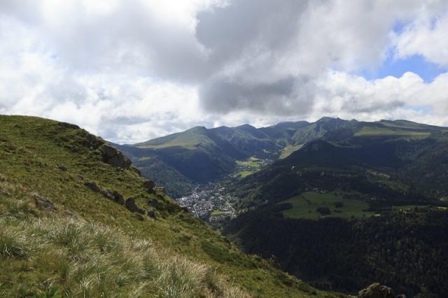 La ville du Mont-Dore et le Massif du Sancy